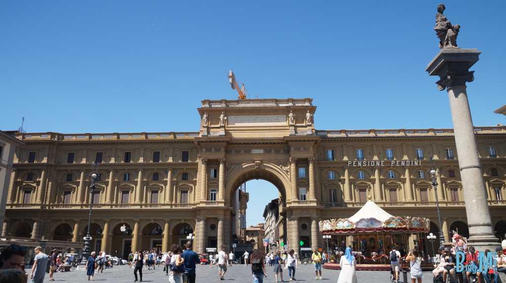 Piazza de la Repubblica in Florenz