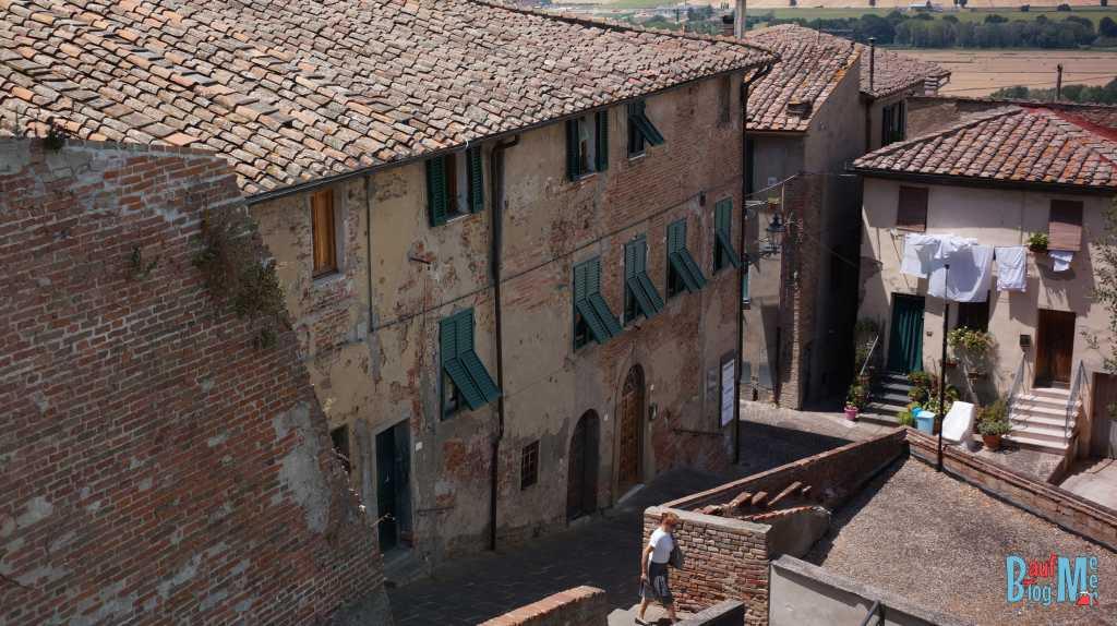 Peccioli ein untouristischer Ort in der Toskana