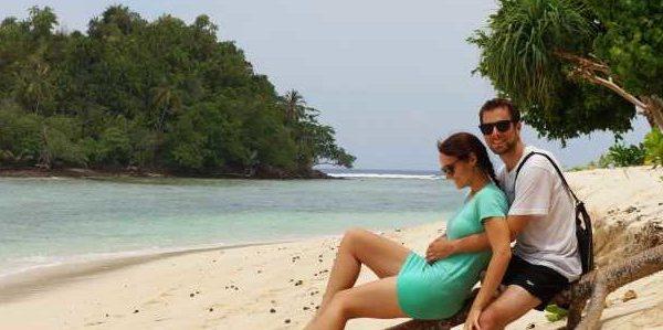 Strand auf der Insel Merak, Sumatra, indischer Ozean