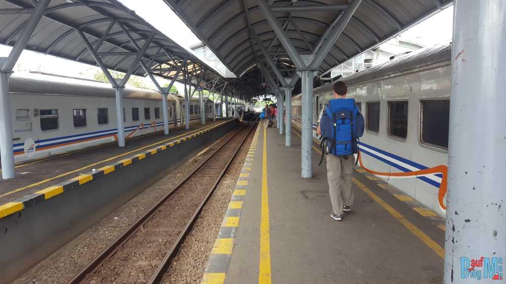 Angekommen am Bahnhof Tugu in Yogyakarta