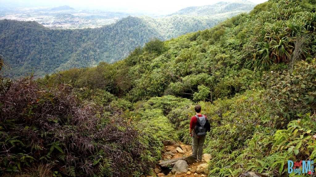 Weg runter vom Sibayak