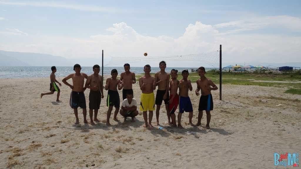 Auch die Volleyballspieler wollten wieder ein Foto machen