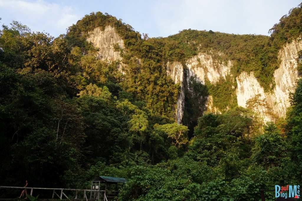 Ausblick auf den Zugang zur Deer Cave im Gunung Mulu Nationalpark