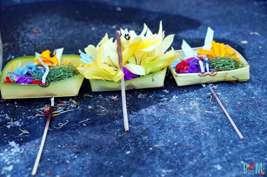 Bali ist: Gaben an die Götter