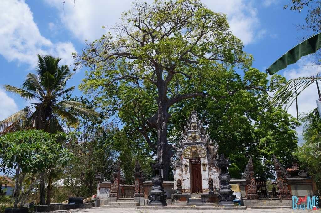 Auch auf Lembongan gibt es einige balinesische Tempel