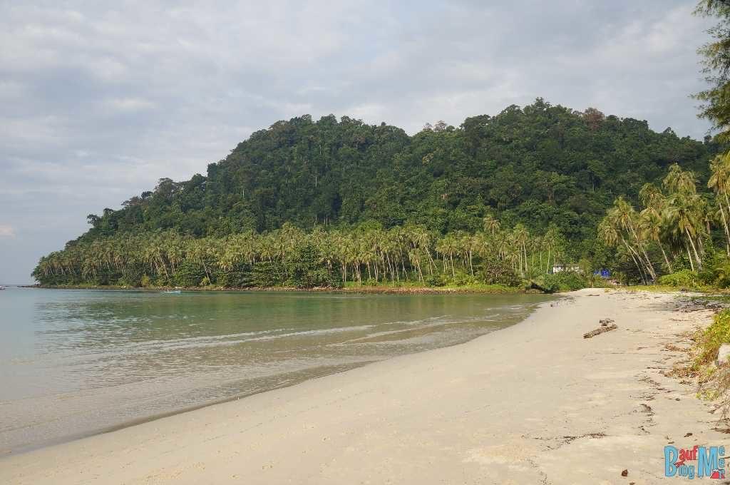 Strand an der Bucht Phrao auf Ko Kood