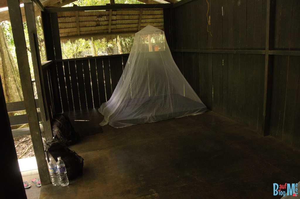 Wohnplattform im Uncle Tan Camp am Kinabatang River