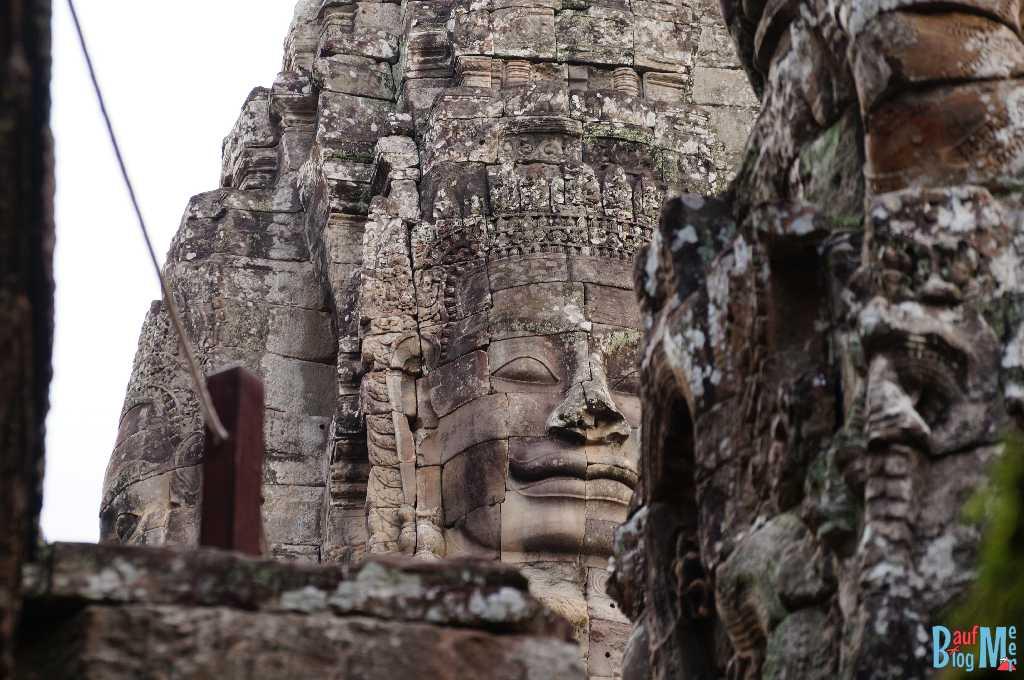 Gesichter auf den Türmen des Bayon Tempels