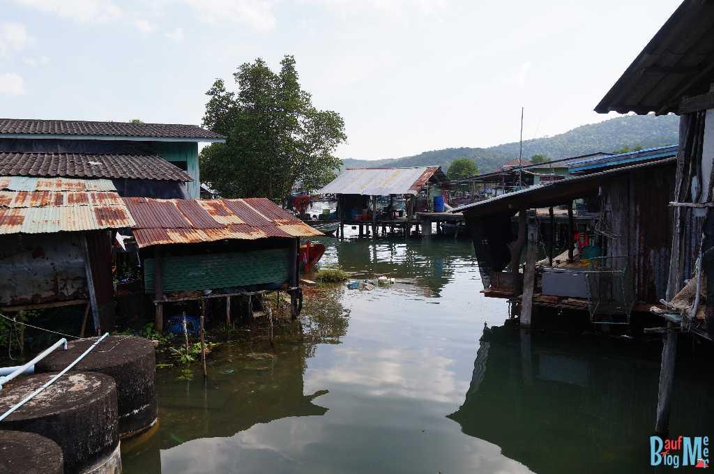 Stelzendorf Baan Salak Phet auf Ko Chang