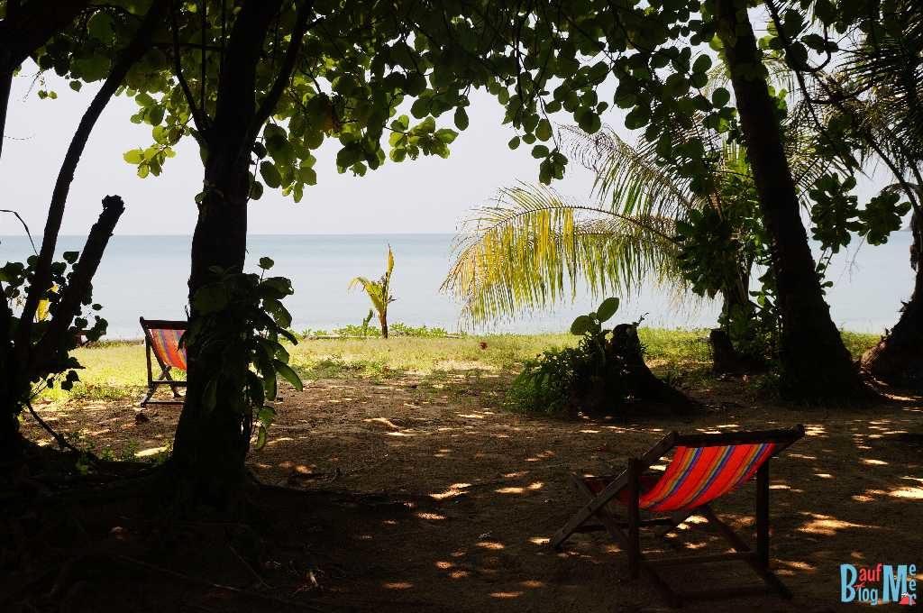 Ausblick vom Bungalow des Monkey Beach Resorts