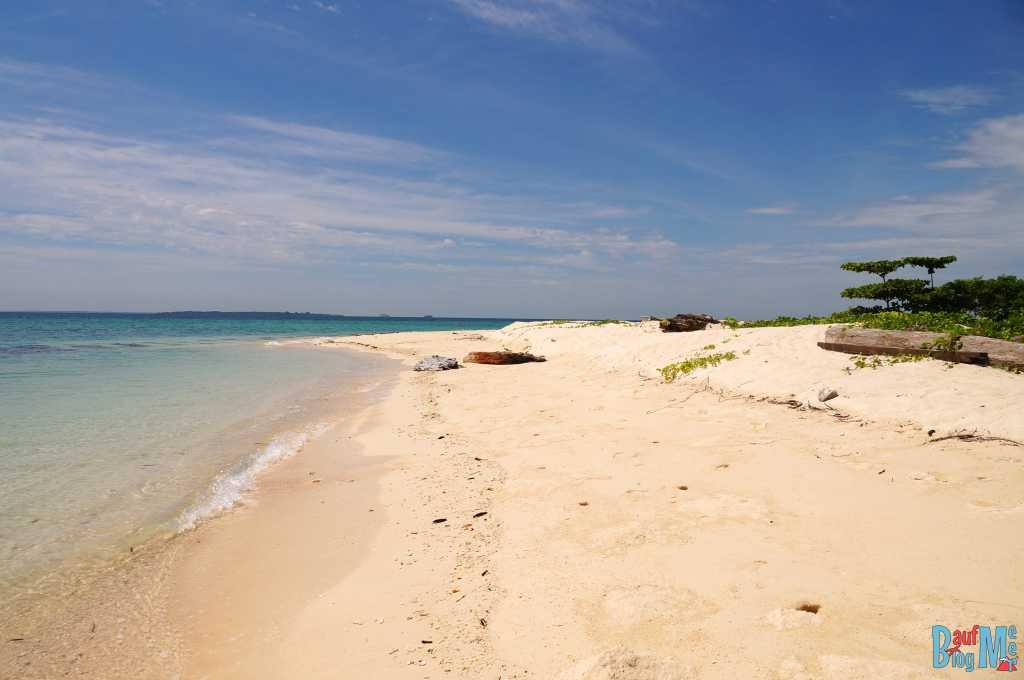 Strand von Turtle Island Selingan