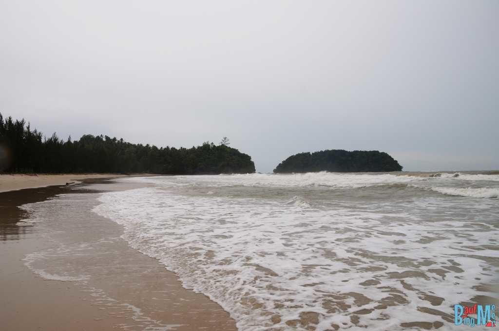 Strand in der Nähe des Tip of Borneo