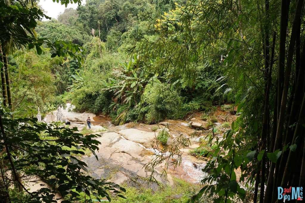 Wat Pha Lat Wasserfall