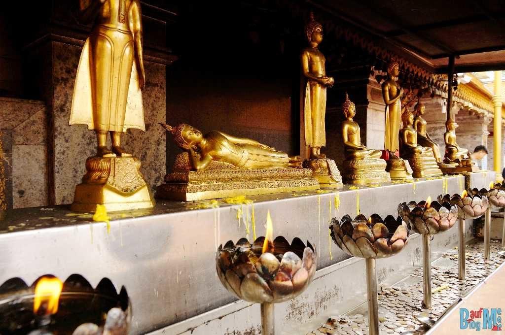 Buddha Figuren im Wat Phra That Doi Suthep