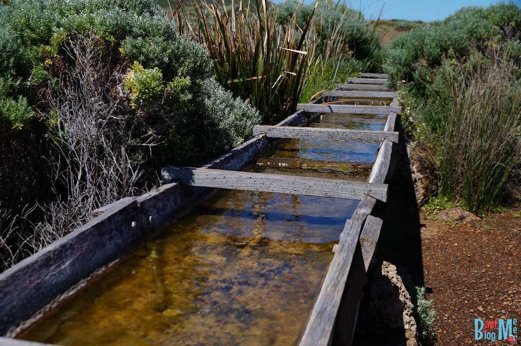 Wasserkanal vom historischen Wasserrad beim Leuchtturm am Kap Leeuwin