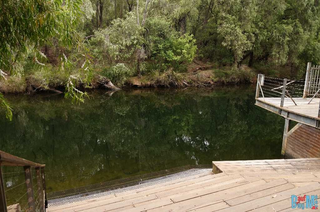 Treppen und Plattform beim Honeymoon Pool