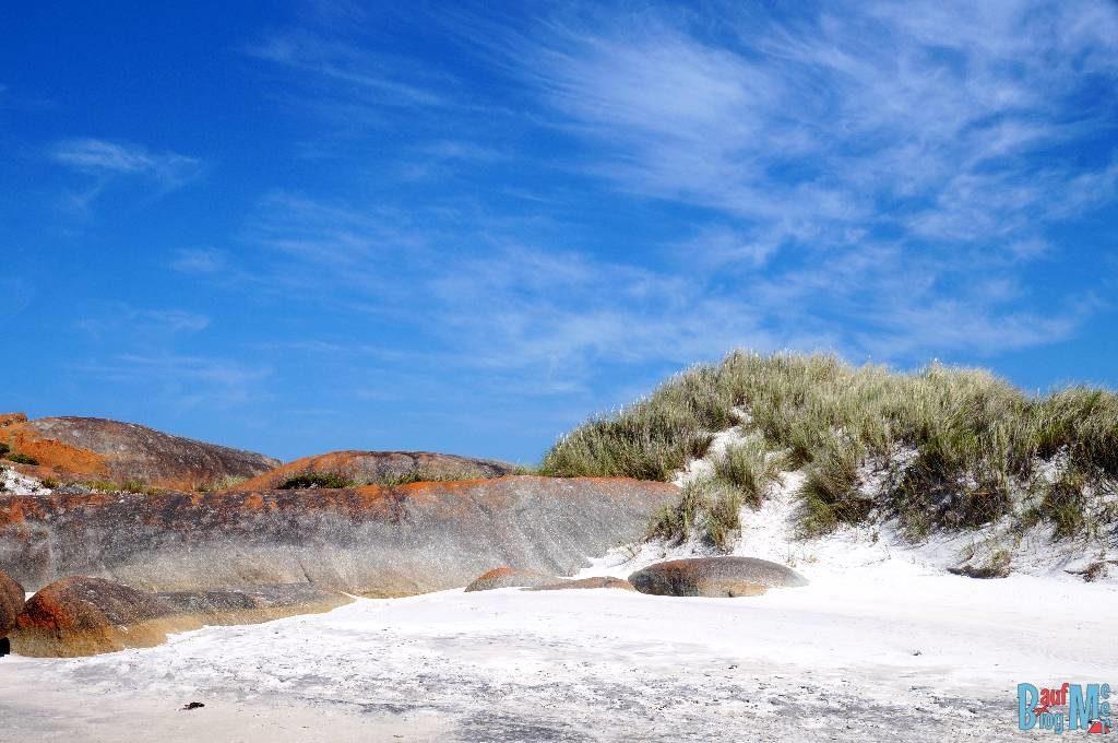 Dünen und Felsen am Strand von Greens Pool