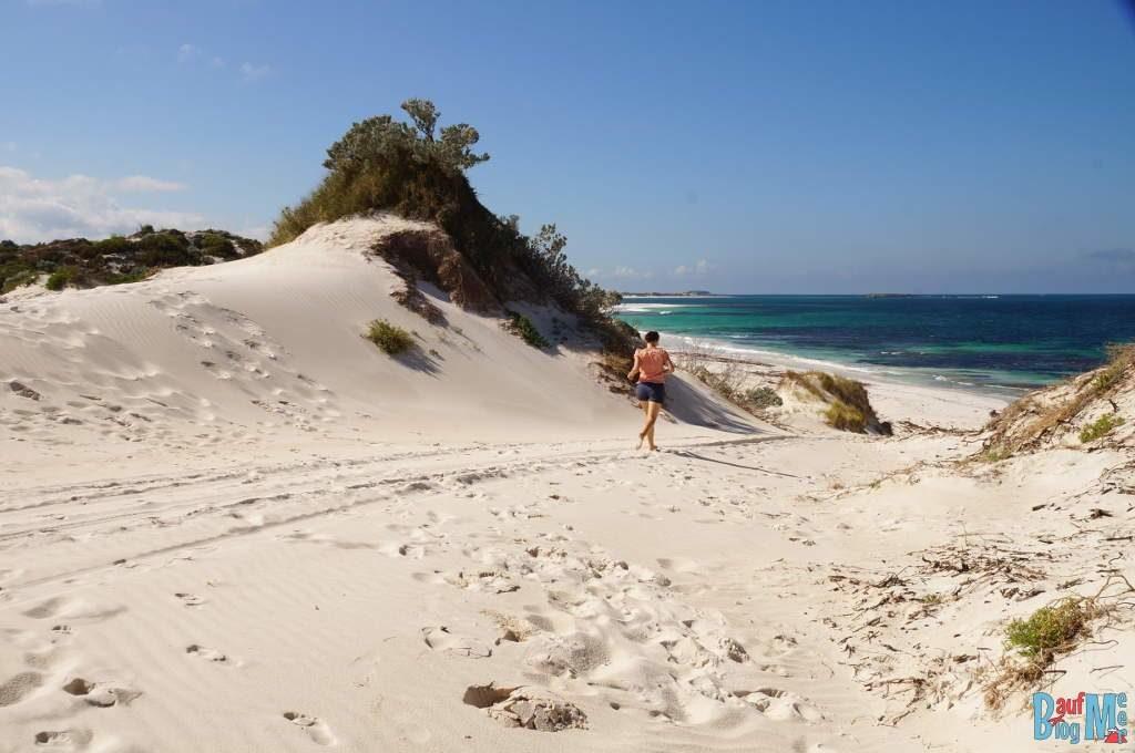 Übergang zu einem anderen Strand bei Sandy Cape
