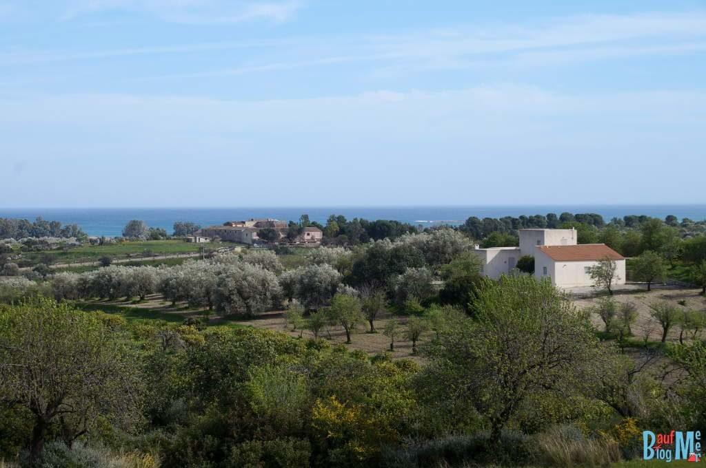 Blick vom Dach unserer Villa beim House Sit auf Sizilien