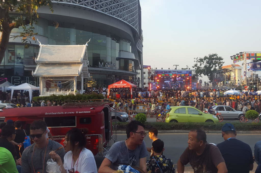 Maya Mall an Songkran