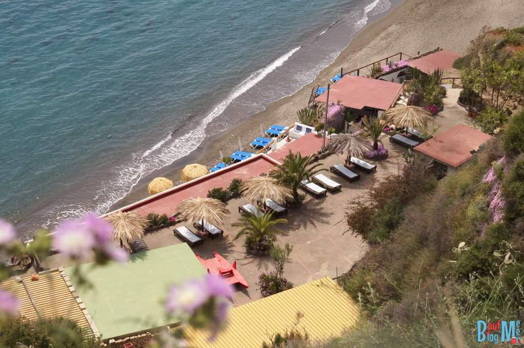 Blick auf den Maronti Strand der Insel Ischia