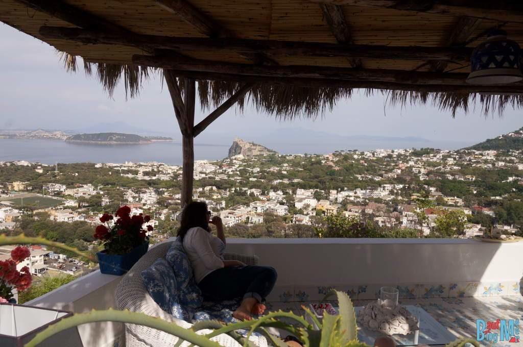 Blick auf den Golf von Neapel und das Festland vom Relais Bijoux auf der Insel Ischia