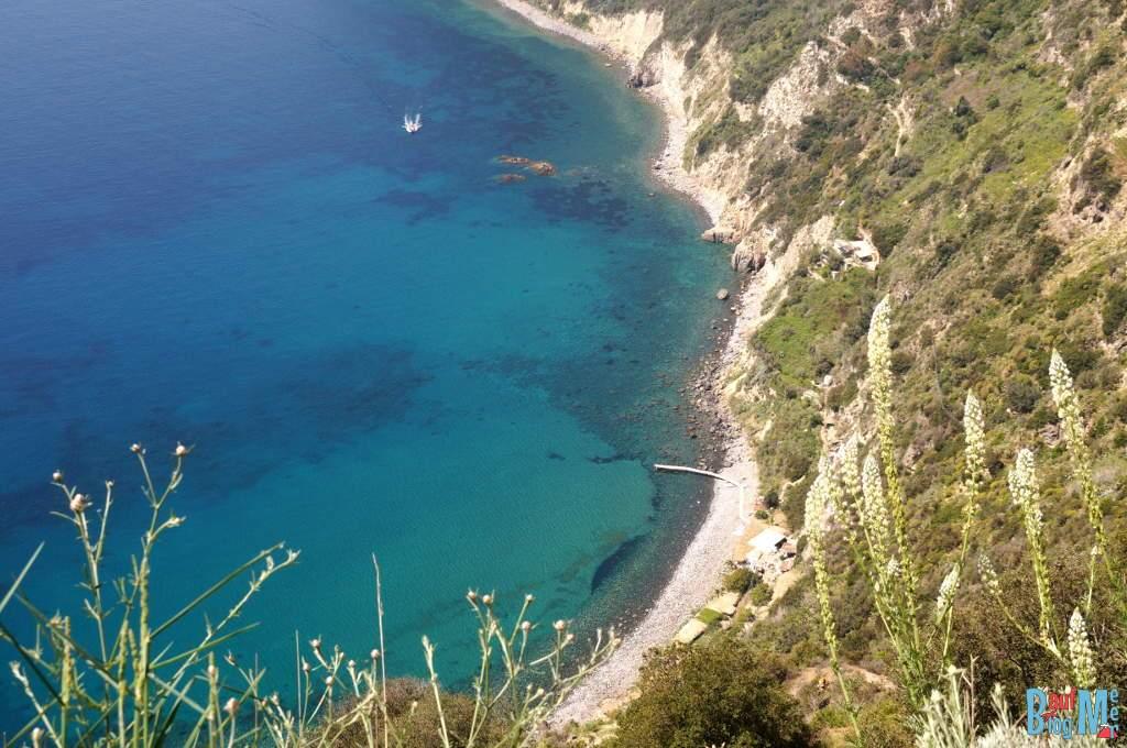 Scarrupata Bucht auf Ischia