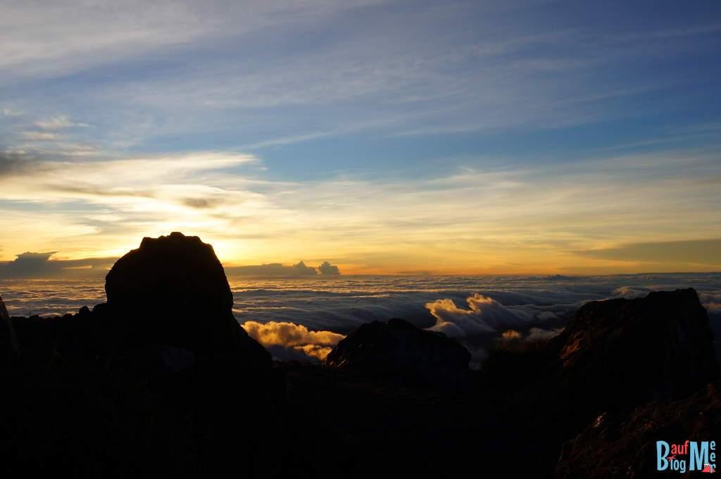 Kurz nach Sonnenaufgang vom Gipfel des Volcan Baru
