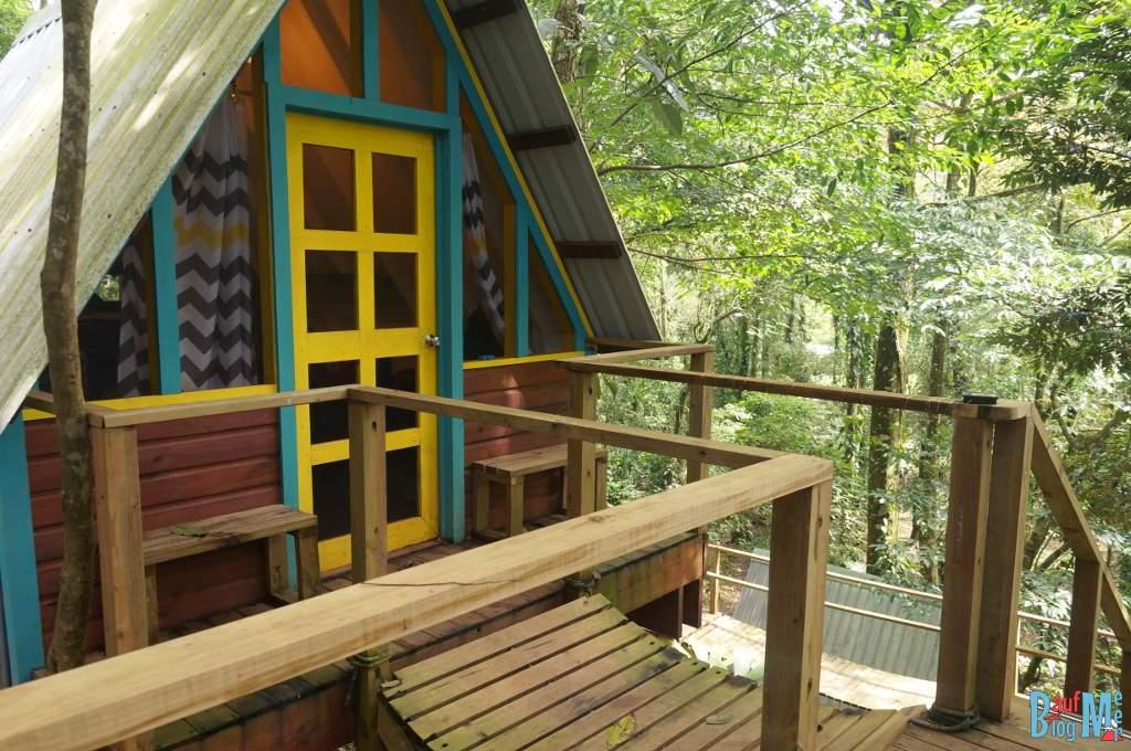 Hütte der Nomad Tree Lodge in der Nähe der Playa Bluff