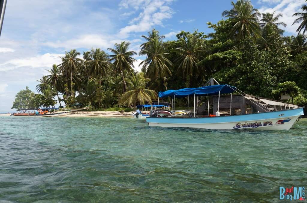 Zapatilla Island vom Boot aus zur regenzeit