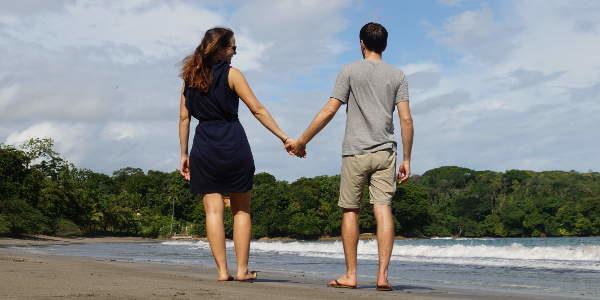 Anna und Chris am Strand von Boca Brava im Golf von Chiriqui