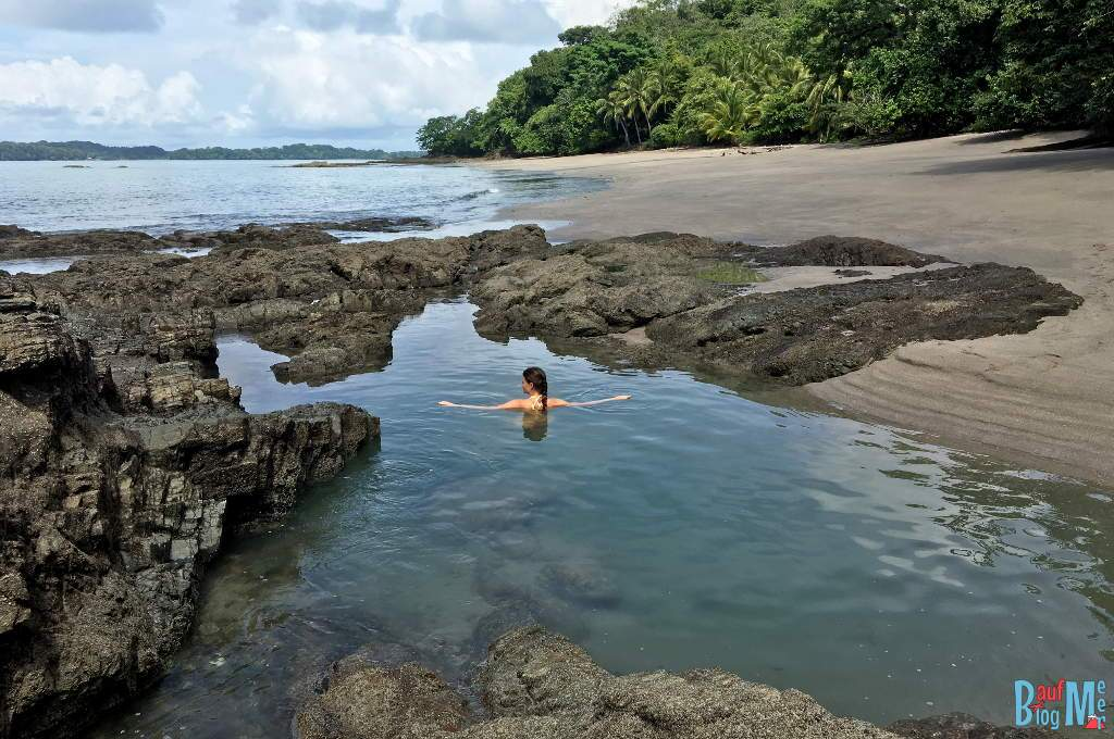 Anna im Tide Pool auf Boca Brava im Golf von Chiriqui