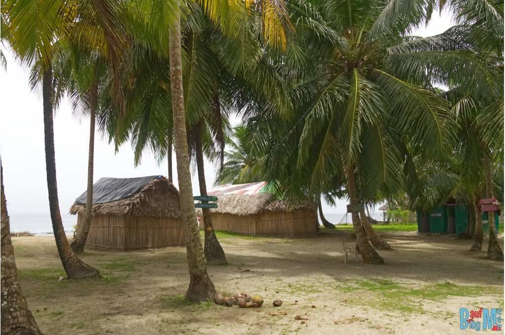 Unsere Hütten in San Blas Panama