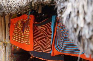 Molas zum Verkauf in Guna Yala