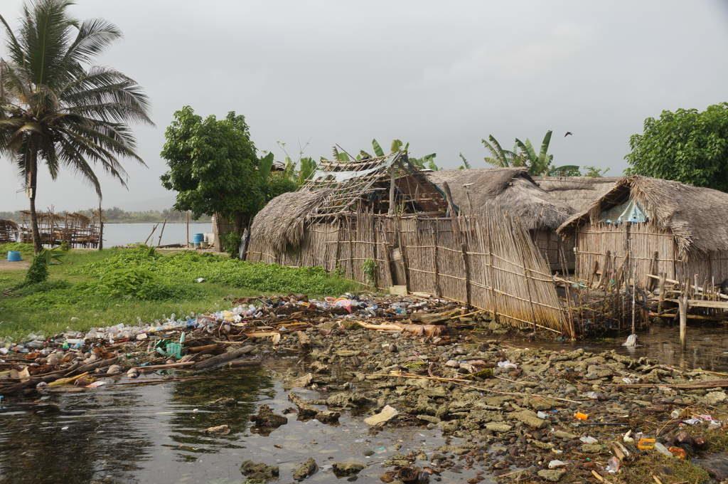 Müll vor einer der San Blas Inseln