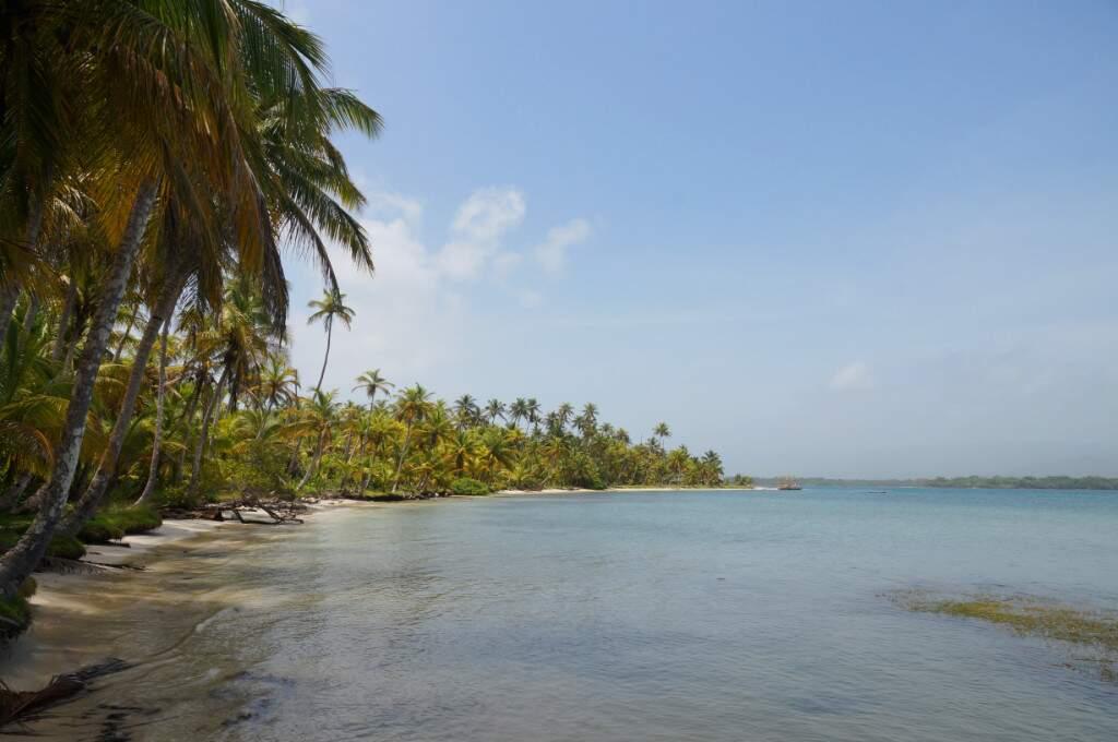 Meer und Palmen auf den San Blas Inseln
