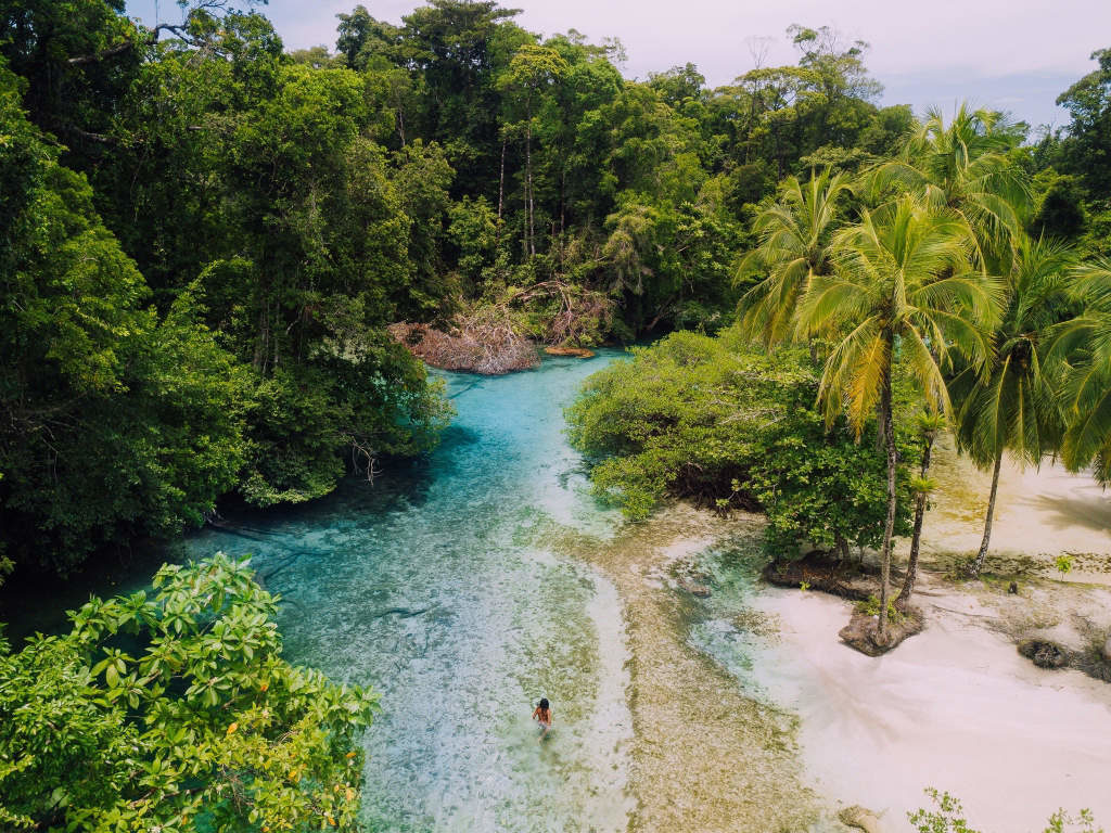 Isla Escudo: Bocas del Toro off the beaten path