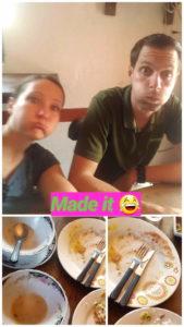 Wir nach dem Essen bei Sopas Y Bandejas De La Villa