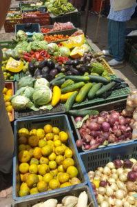 Obst und Gemüse auf dem Sonntagsmarkt in Villa de Leyva