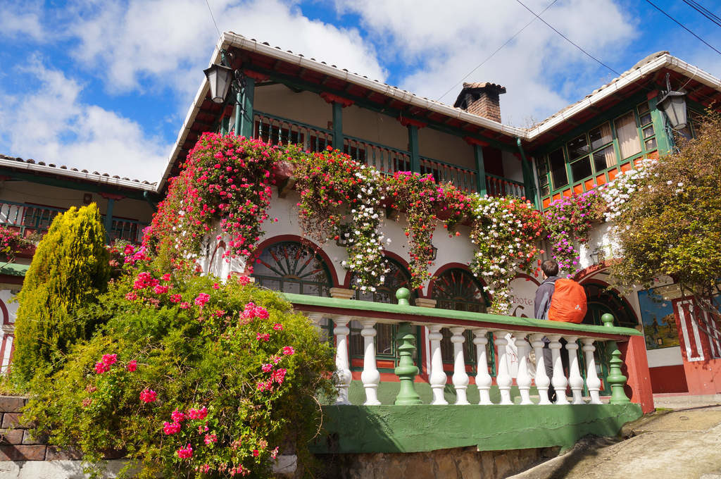 Hotel in Mongui