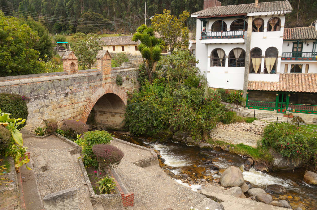 Puente Real de Calicaton