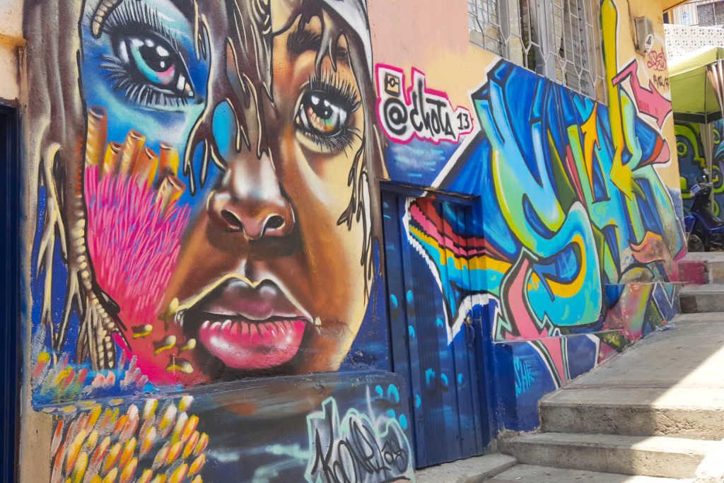 Graffitikunst von Chota 13 in der Comuna 13