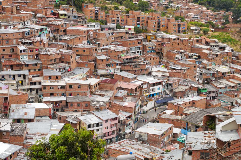 Häuser in der Comuna 13 in Medellín