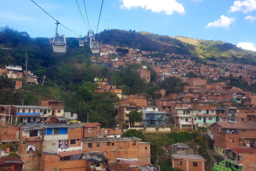 Seilbahn in Medellin Kolumbien